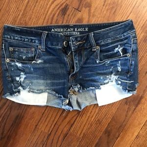 American Eagle size 6 jean shorts.